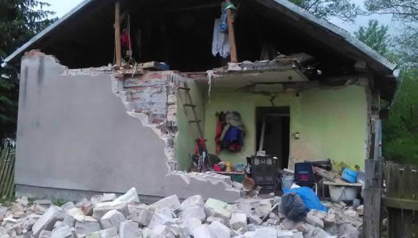 Potężny wybuch zniszczył dom