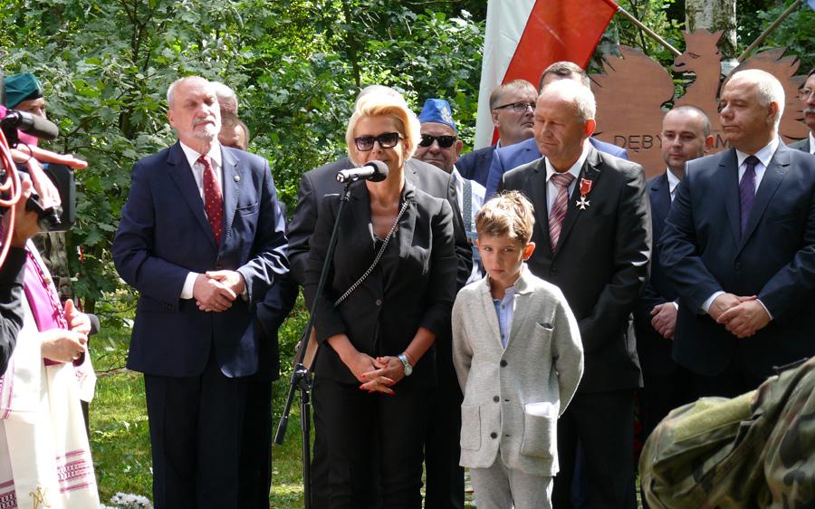 Nowe popiersia w Ossowie