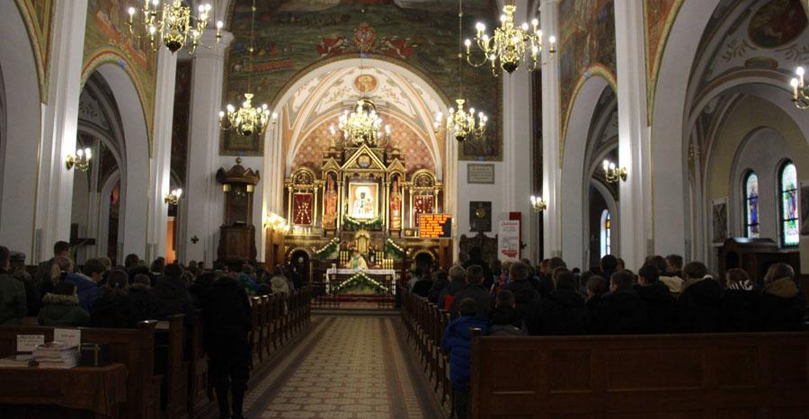 11 proc. mieszkańców diecezji przyjmuje Komunię św.