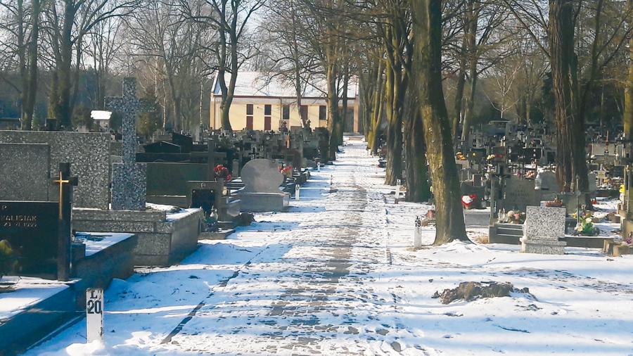 Cmentarz w Wołominie: Nie będzie pochówków?