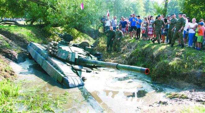 Ossów: Na ratunek czołgowi