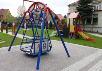 Plac zabaw w zamian za wyższe podatki