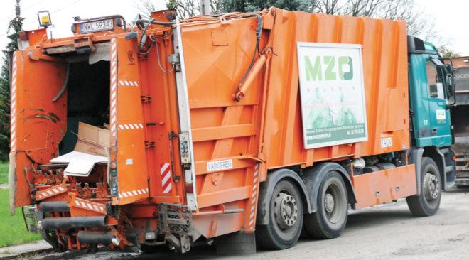 Szok w Wołominie: Ceny śmieci znów ostro w górę!