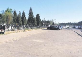 Będzie parking przy cmentarzu